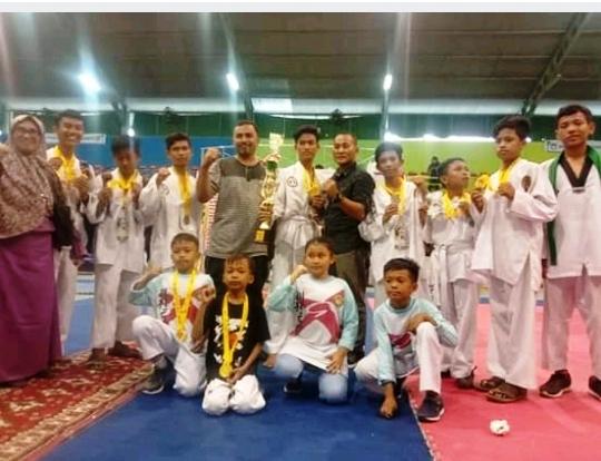 Sekolah Bintang Rabbani Boyong 14 Medali Emas Kejuaraan Taekwondo